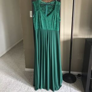 Green lace maxi dress. Forgiving to be maternity